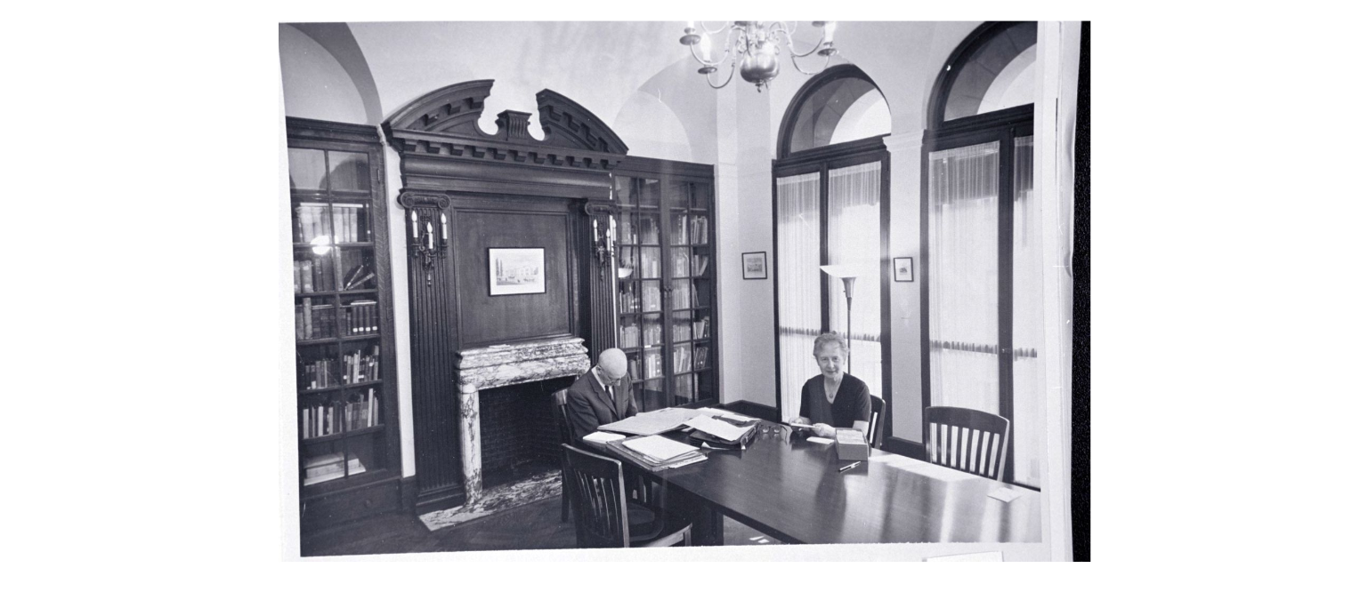 Black and white photograph of Lou Landauer at the Leo Baeck Institute, New York