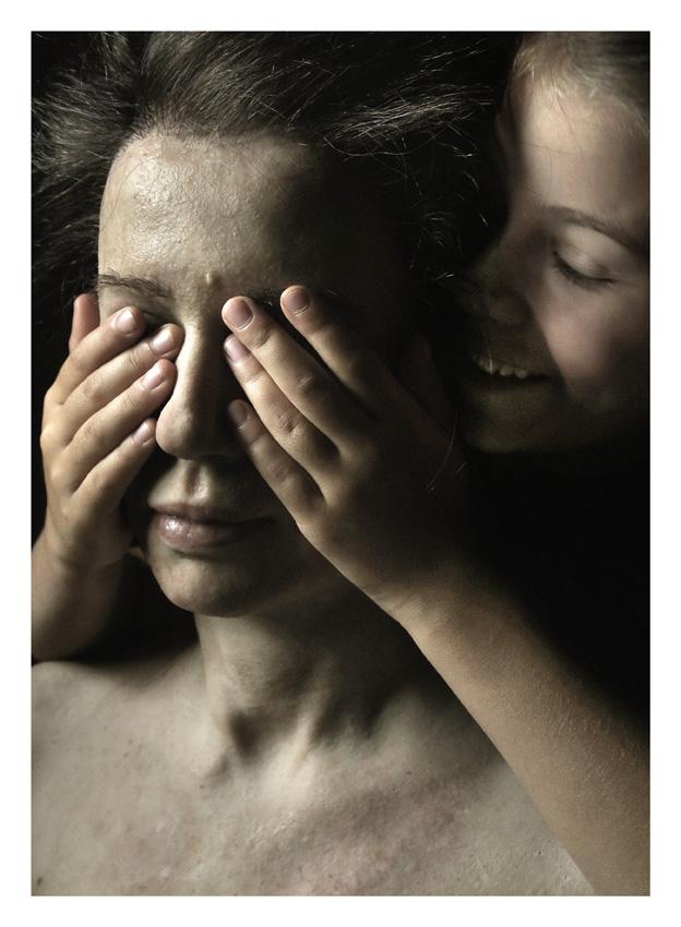 Aneta Grzeszykowska, Family Skin Exhibition