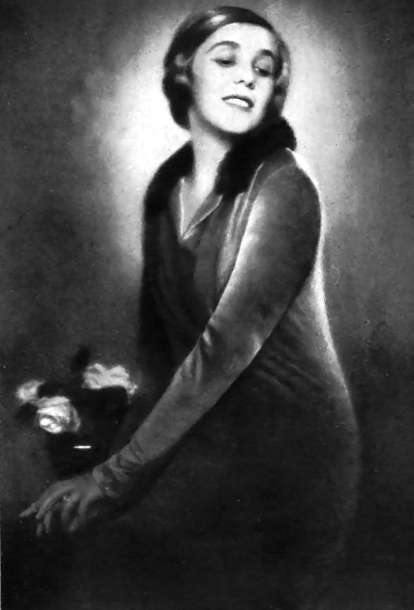 Edith Barakovich - Photograph by Lili Darvas