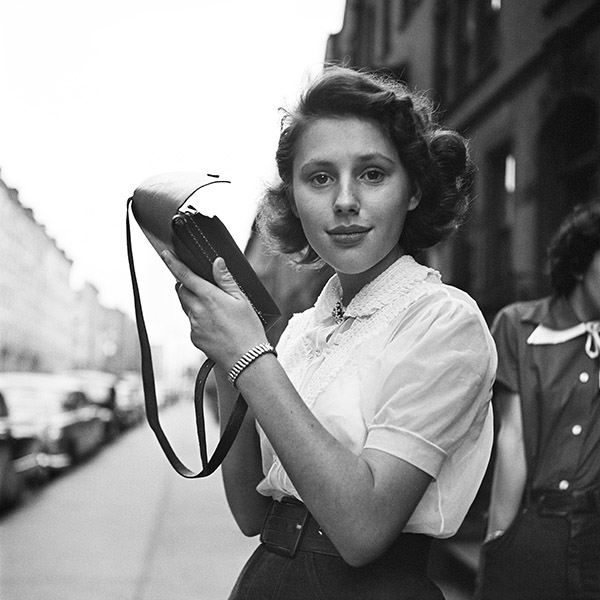 Vivian Maier, New York 1953 © Estate of Vivian Maier, Courtesy of Maloof Collection and Howard Greenberg Gallery, NY.