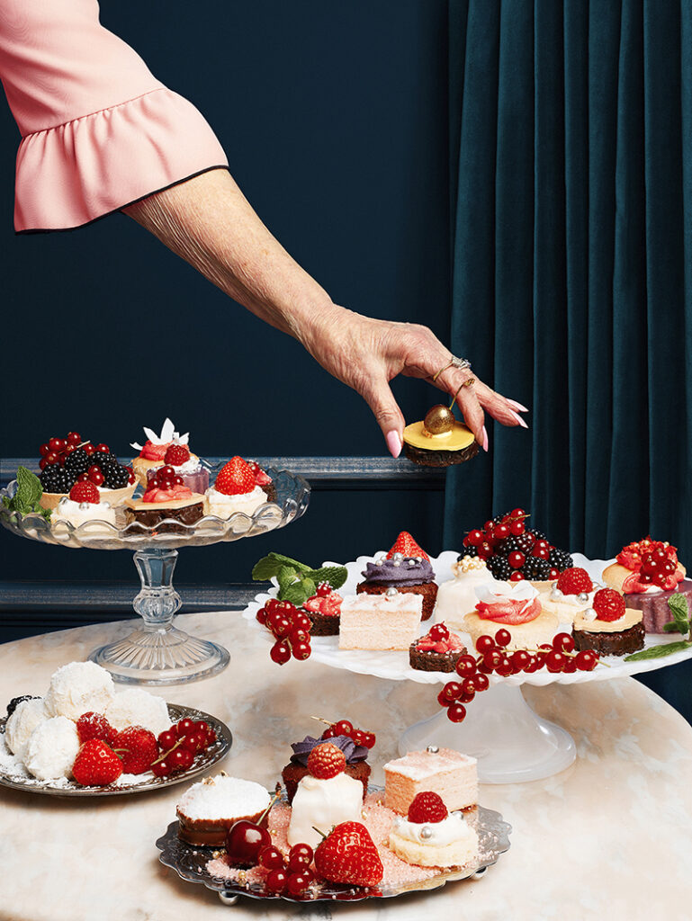 Afternoon Tea 5 © Jessica Griffiths